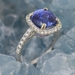 Bague tanzanite taille coussin diamants or blanc